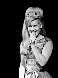 I Never Promised You A Rose Garden Singer Lynn Anderson Has Died At 67