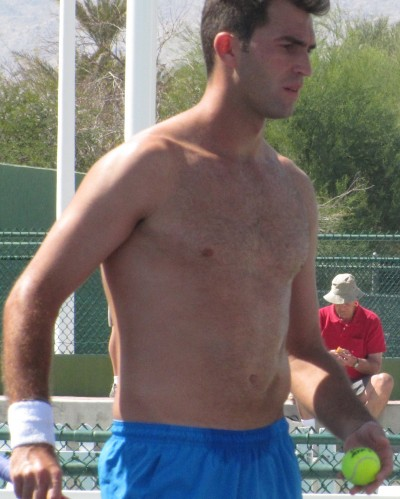 Believe it or not, there is a very gorgeous male tennis player who I had not ...