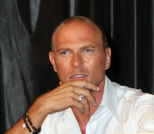 luke goss book