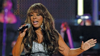 Showtune Sunday: The late, great Donna Summer duets with Seal in one